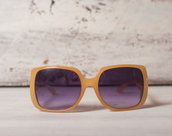 Vintage sunglasses yellow frame eyewear boho sunglasses hipster butterfly glasses oversize eyeglasses 70th spring fashion look  7