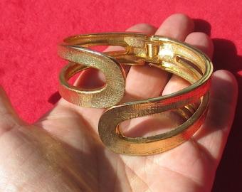 Vintage Textured Metal Hinge Bracelet