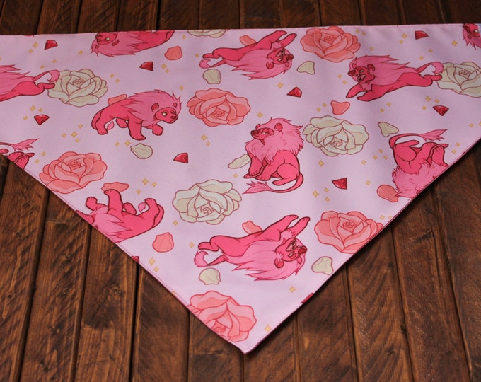 Extra Large Bandana with Velcro Closure - Steven's Lion