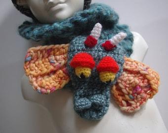 Snood blue dragon trophy  chunky wool