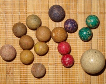 Lot of 15 Antique/Vintage Clay Marbles / Game Marbles / Toy Marbles / Clay Boulder