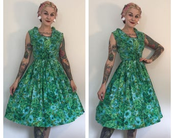 Vintage 1950's Green Floral Dress with Shawl Collar