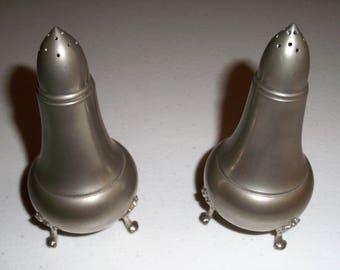 A L Hanle Distinctive American Pewter Salt & Pepper Shakers