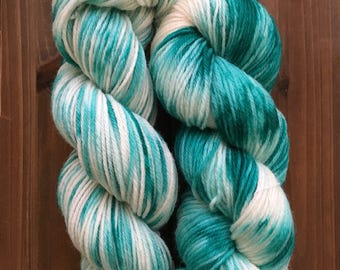 Hand dyed wool, worsted weight, superwash wool, crocheting/knitting