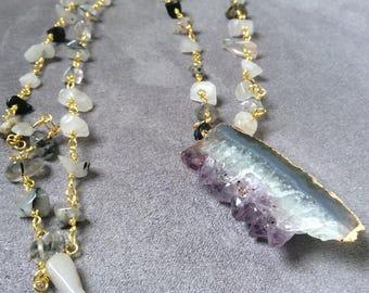 Amethyst slice pendant  necklace, rosary chain necklace, long boho necklace, gemstone,  chunky amethyst, raw stones,amethyst druzy