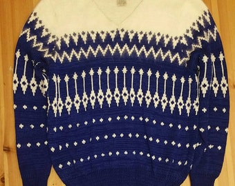 Vintage Nordstrom Town Square vneck cobalt blue and winter white sweater. Holiday sweater, christmas sweater, party sweater