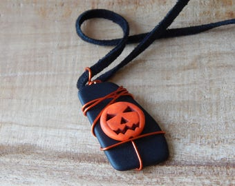 Jack O Lantern Necklace Pendant, Black and Orange Jewelry, Halloween Jewelry, Seasonal Fall Jewelry, Handmade Glass Necklace