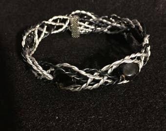 Wire wrapped black beaded bracelet