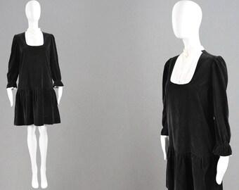 Vintage 60s STIRLING COOPER Black Velvet Dress Off White Bib Collar Mod Shift Dress Smock Dress Gothic Lolita Dress Loose Waist Dollybird
