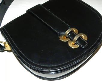 "Vintage 60s Patent Vinyl Handbag / MEYERS Mod Purse / Black shiny vinyl GOLD tone clasp shoulder Top handle bag / 8.5"" x 7.5"" x 2"""
