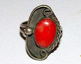 Vintage Old Pawn Native American Navajo Sterling Silver Mediterranean Coral Ring Size 6 Squash Blossom Design