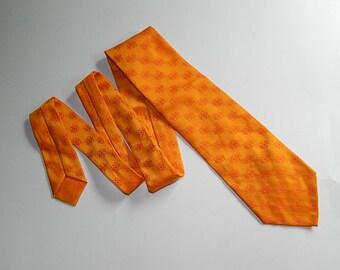 """52"""" Fashion Craft Vintage Orange Terylene Polyester Swiss Fabric Mens Necktie Neck Tie"""