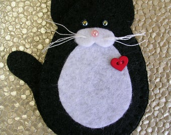 Tuxedo Cat Ornament, Black & White Cat Ornament, Felt Tuxedo Cat Ornament, Cat Christmas Ornament