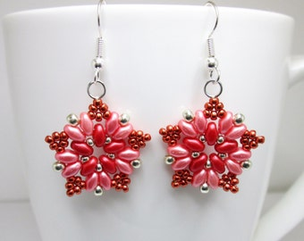 Peach silver and red superduo star earrings, superduo earrings, super duo earrings, star earrings, starburst earrings