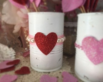 Valentines Day Decor White Painted Small Tin Can Pink Ribbon Pearl Love Heart Lace Vase Centerpiece Candy Holder Gift Box Candle Party Decor