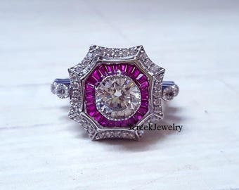 Ladies 1.5ct moissanite ring with accents in an antique style sterling ring