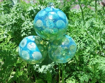 Hand Blown Glass Christmas Ornament Garden Sun Catcher-Green Bubbles