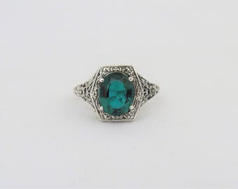 Vintage Sterling Silver Oval Emerald Filigree Ring Size 9