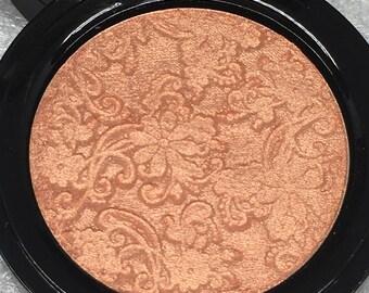 Pretty in Peach Pressed Highlighter Face & Eye Highlight Powder