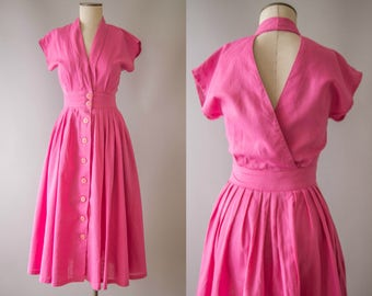 vintage 1950s dress / 50s pink linen cut out back dress / small / Pink Pop Dress
