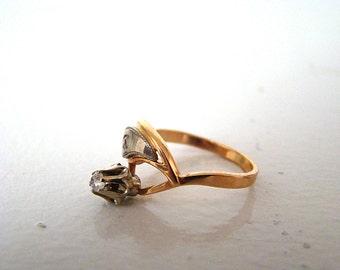 Vintage 14K (585) White & Rose Gold Round  Flower Ring Size 8 Cocktail Ring