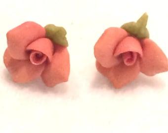 "Vintage Petite Clay/Resin Like Rose Pierced Studded Earrings  1/4"""