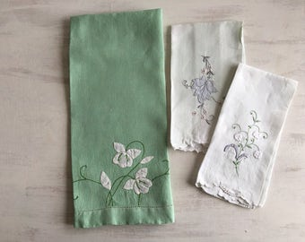 Vintage Mint Green Guest Hand Towel With White Applique Flowers