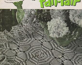 Crochet Booklet Pineapple Fan Fair Book 266 Vintage 1950 Pineapples Mats Runners Tablecloths Chair Sets