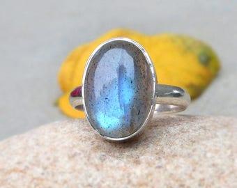 Labradorite Ring, Silver Labradorite Ring, Statement Ring, Solid Sterling silver, Silver Ring, Blue Labradorite, Boho ring size 7 blue magic