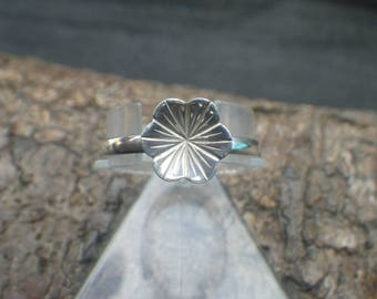 Sterling Silver Flower Lily Pad Ring