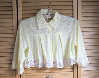 Vintage. Bed cardigan. Lingerie wrap. 1960's/1970's. Size small. Yellow. Lace/sheer! Too cute!