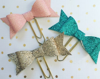 Sparkly felt bow paperclip