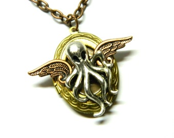 Octopus with copper wings, Steampunk antique gold colored photo locket, steam punk jewelry silver flying Cthulhu, unique surprise gift man
