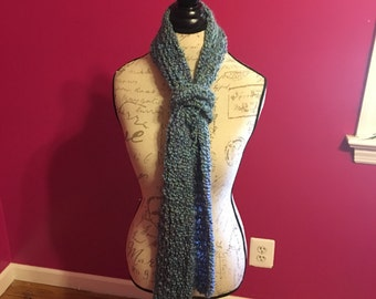 Windsor Loom knitted scarf