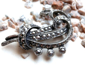 Marcasite Brooch - Silvertone - 1950s - Vintage Jewellery - Brooch Pin