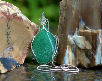 Green crystal Aventurine gemstone silver wire wrapped pear shape pendant with necklace