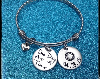 Sobriety Gift, One day at a time, Sobriety Anniversary, Addiction Recovery Jewelry, Sobriety Date Bangle Bracelet, ENGRAVED