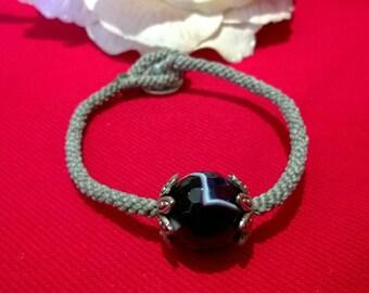 B003 macrame bracelet with agate Stone Purple tint