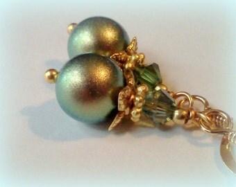 Iridescent Green Pearls. Swarovski Pearls, Green Earrings, Green Pearls, Golden Green Earrings, Handmade Earrings, Crystal Pearl Earrings