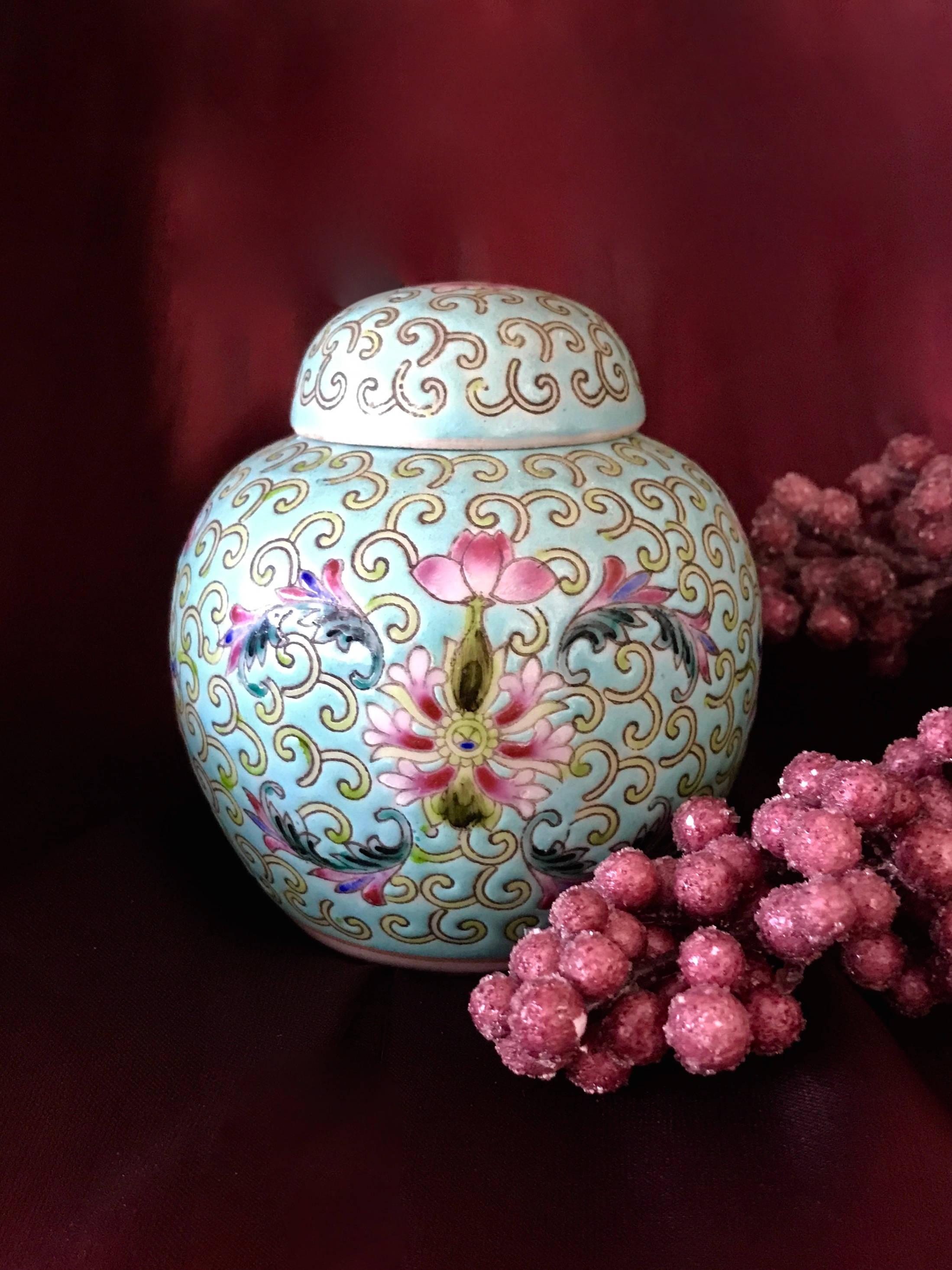 chinese ginger jar vintage famille verte rose porcelain aqua