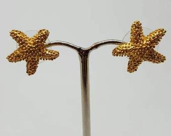 vintage pierced earrings Golden starfish earrings studs,Seashore starfish,beach seaside crustaceans. Gift for her birthday gift
