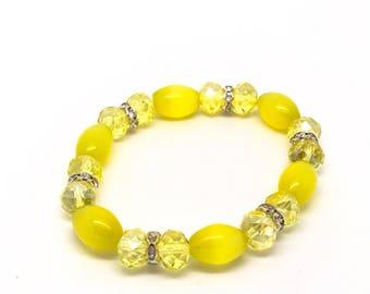 Pearl Yellow sun Bracelet, Yellow Bracelet, Yellow Pearl Bracelet, Star bracelet, Beaded bracelet, Sunshine bracelet