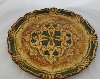 Vintage serving tray decoration. Brocante antique.