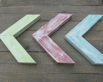 Arrow Chevron Green, Blue, Red & White Distressed ~ Set of 3 ~ FREE SHIPPING