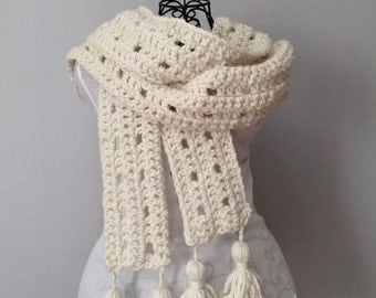 Scarf - Warm Scarf - gift for her - Scarf with Tassels - Oversized Scarf - Long Scarf - Gift For Her - Winter Scarf - gift under 30