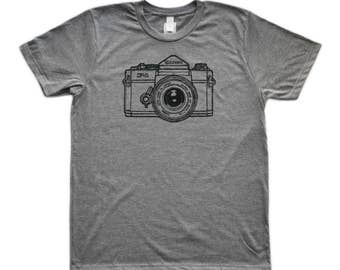 "Camera Series ""Canon F1"" Graphic T-Shirt"