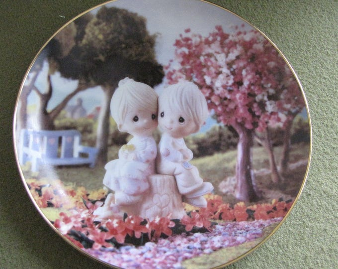 Precious Moments Decorative Plate Love One Another The Hamilton Collection 1993 #3104K Classics Collection