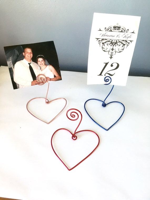 Name Card Number Holder with Heart Base-Set of 50, Wedding Favor, Wire Card/Photo Holder, Rustic Wedding, Wedding Table Decor, Place Setting