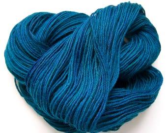 Blue DK Knitting Yarn | Hand Dyed Yarn | Sock Yarn | Crochet Yarn | 8-Ply Yarn | Hand Dyed Sock Wool | 50g/100 m | Pacific Ocean Colorway