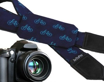 Pocket camera strap with bikes. Teal bicycles. Dark blue camera accessory with pocket. Camera gear for him. Gifts for men. dslr neck straps